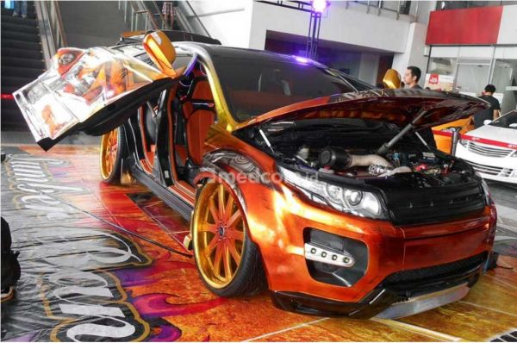 Modifikasi ekstrem Honda CRV 2008 bergaya adopsi tampilan Range Rover Evoque. Medcom.id/M. Bagus Rachmanto