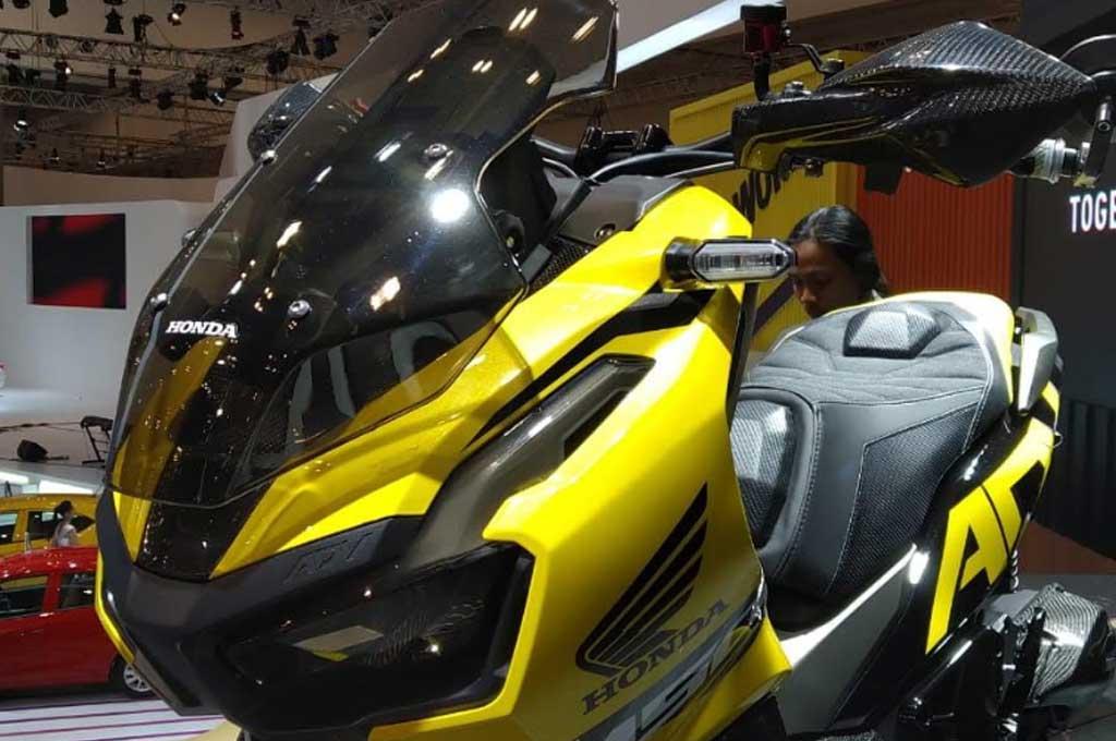 Tips modifikasi Honda ADV150 agar tetap fungsional sebagai motor harian. AHM