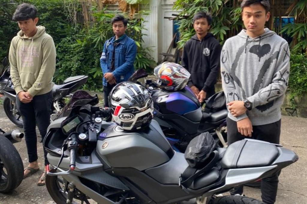 Nekat Keluar Rumah, Sekumpulan 'Bikers' Ini Kena Tilang