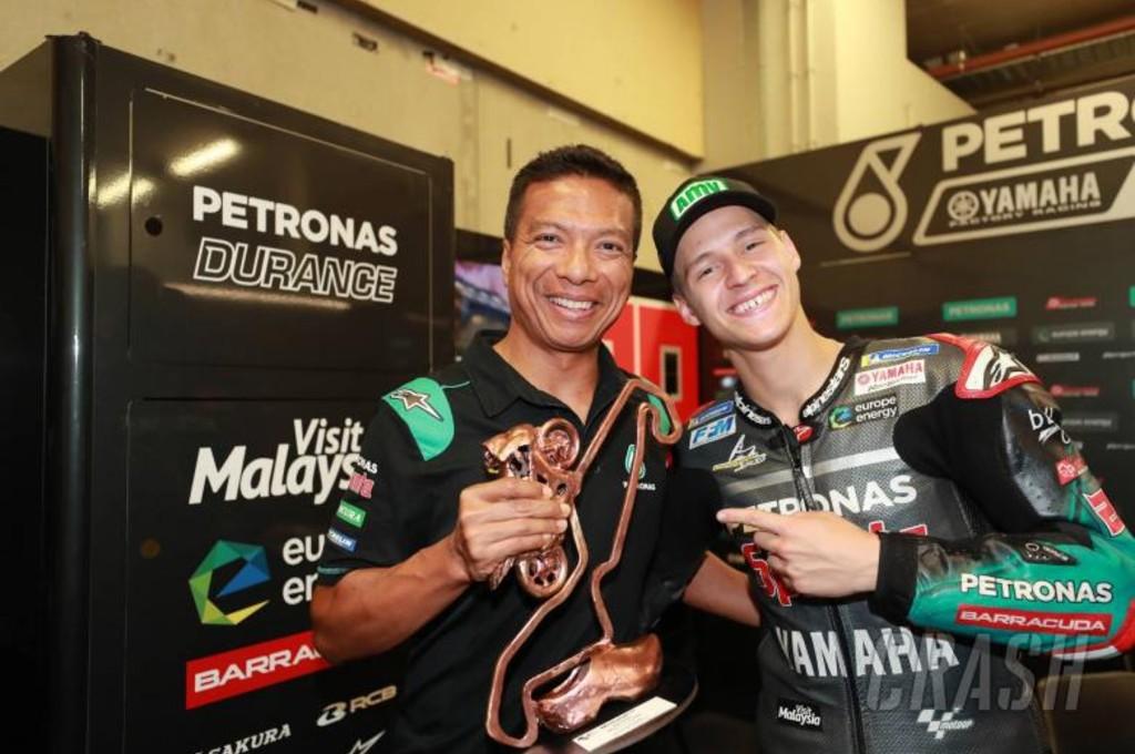 Direktur Tim Petronas Yamaha, Razlan Razali bersama Fabio Quartararo. cmg