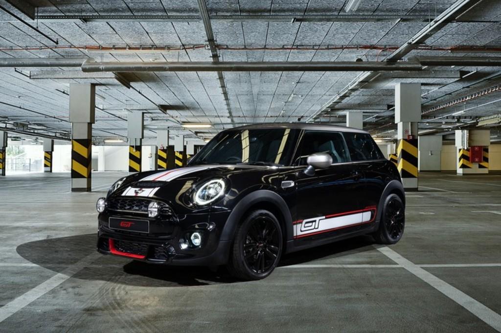 MINI GT Edition Khusus Indonesia, Hanya 30 Unit