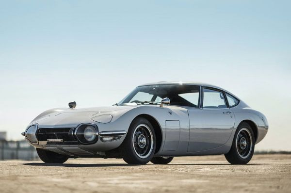 Toyota 2000GT. thedrive