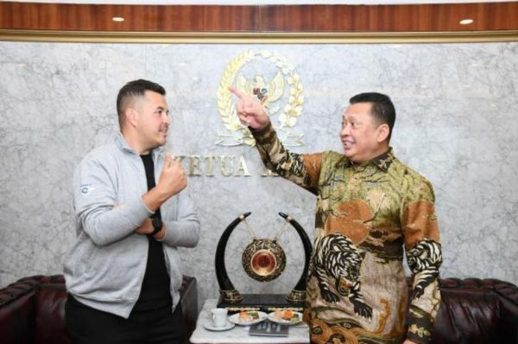 Rifat Sungkar bersama Ketua MPR RI, Bambang Soesatyo. imi