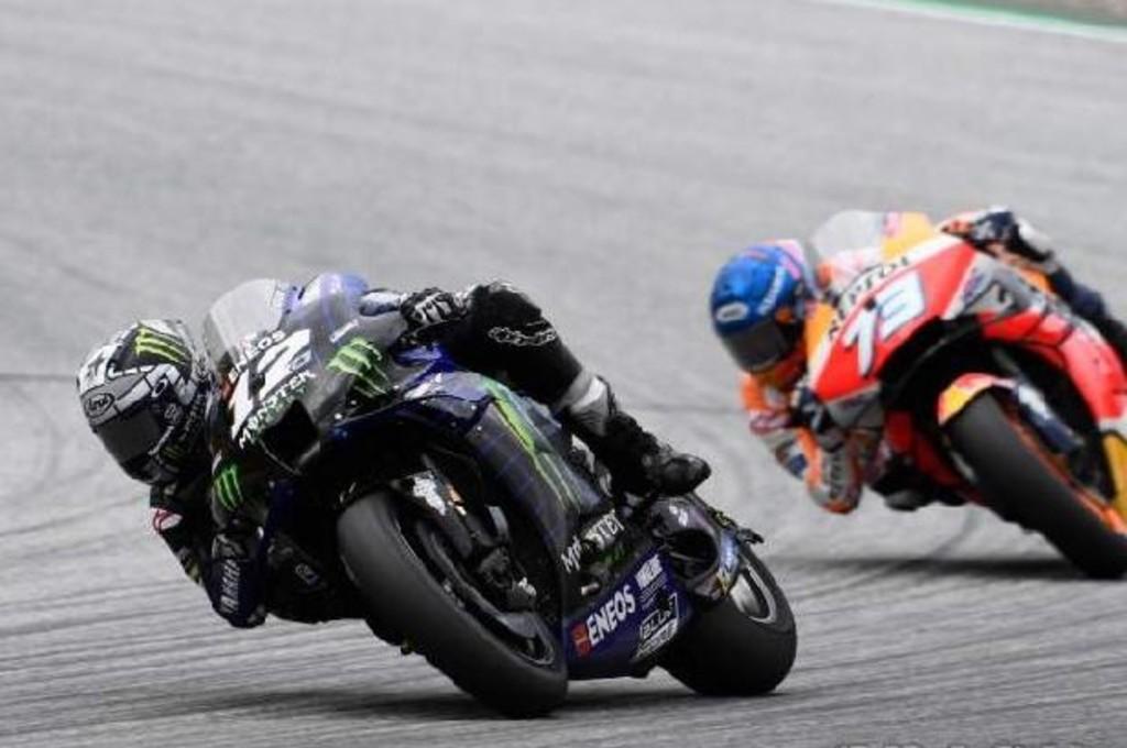 Alex Marquez melihat ada komponen motor Vinales terlepas saat balapan MotoGP Styria. cmg