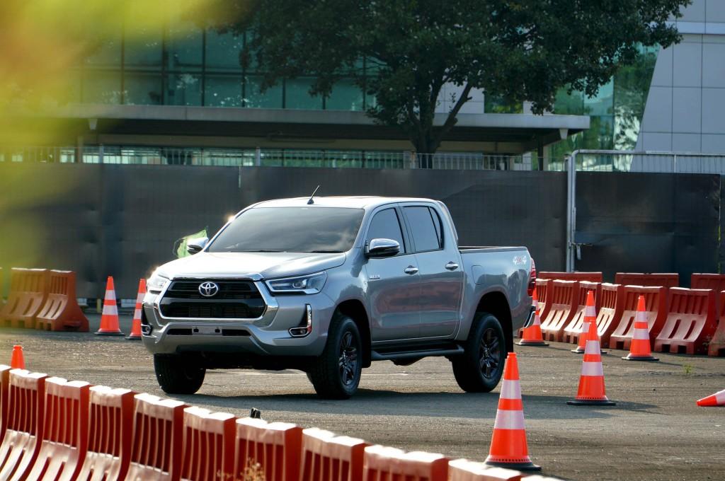 Toyota Luncurkan New Hilux, Tipe Tertinggi Dibanderol Rp492 Juta