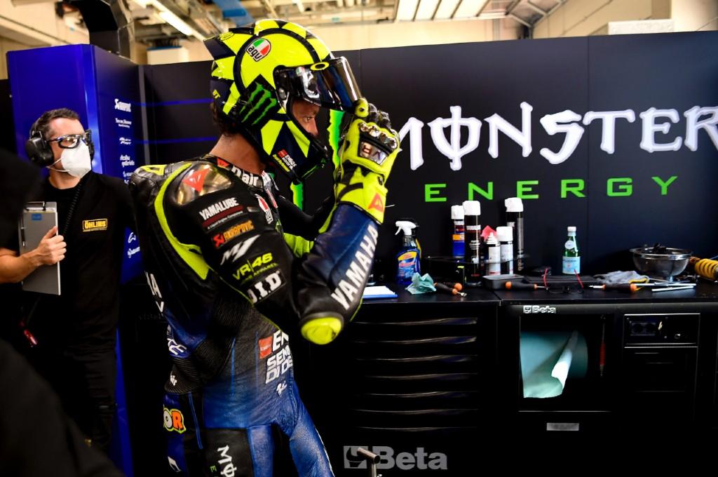 Valentino Rossi siap umumkan kepindahannya ke Petronas Yamaha di GP Misano. twiter/yamahamotogp
