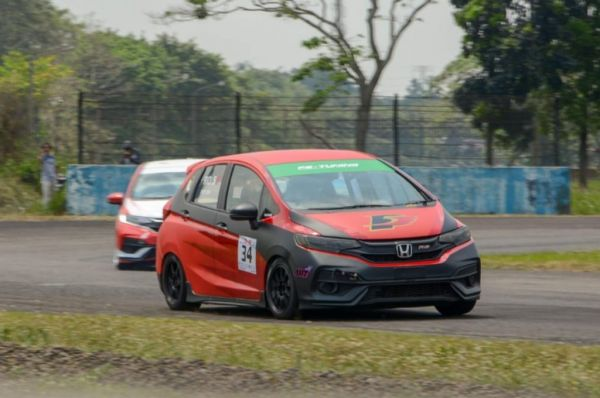Rio SB kini memperkuat tim F Five Racing di ISSOM 2020. adri/autogear