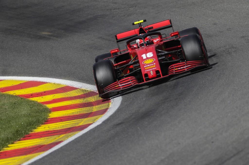 Bos Mercedes, Toto Wolff prihatin dengan performa buruk Ferrari. planetf1