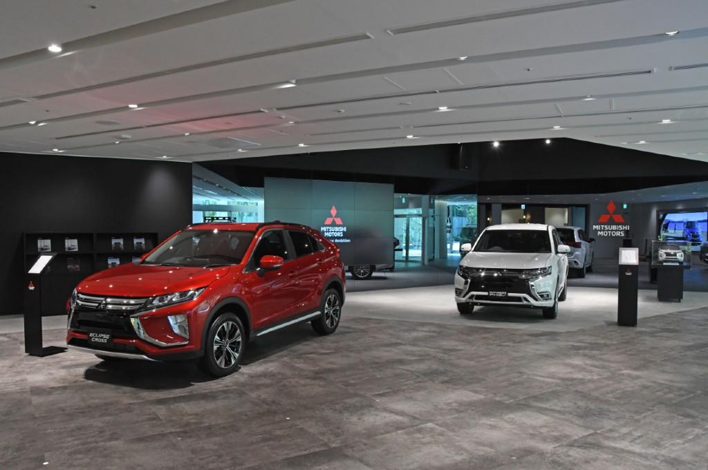 "Showroom headquarter Mitsubishi baru, diberi nama ""MI-Playground"". mmc"