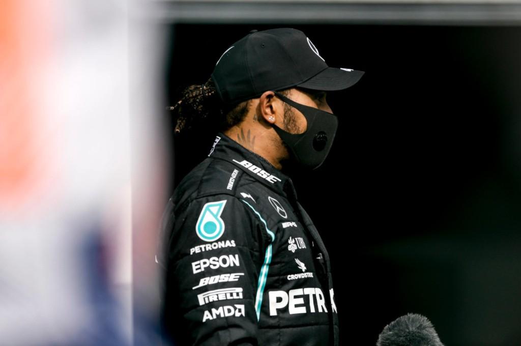 Lewis Hamilton sepakat kalau Formula 1 sekarang membosankan. planetf1
