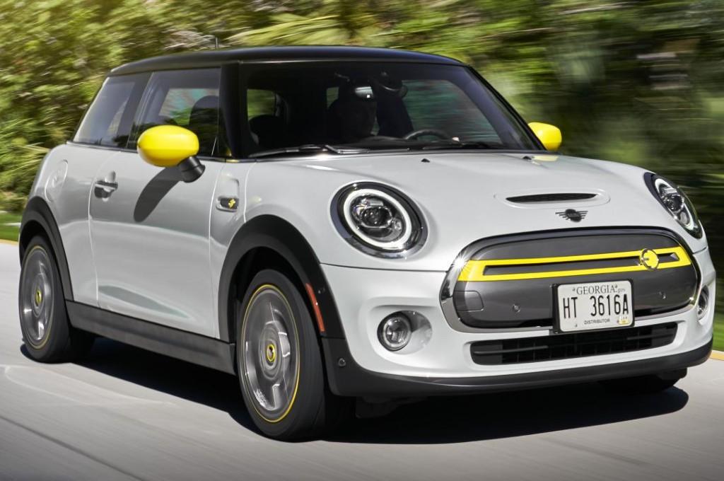 Mobil listrik Mini Cooper SE. (foto: topgear)