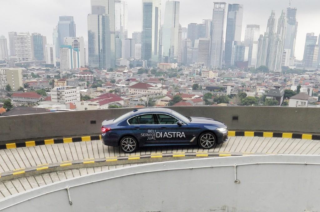 BMW Astra gelar road show di 10 kota.