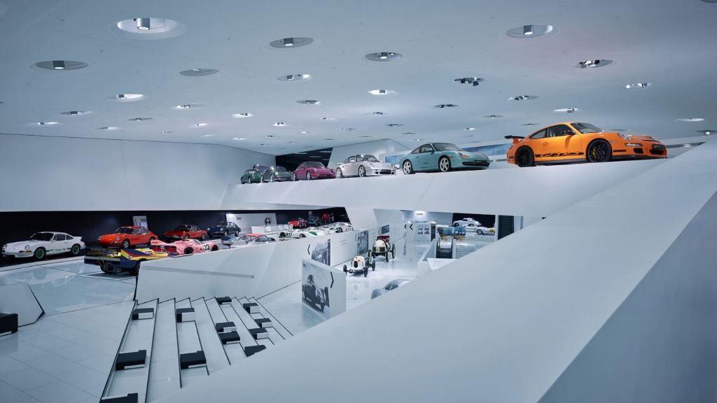 Mau Tahu Jeroan di Museum Porsche? Begini Caranya