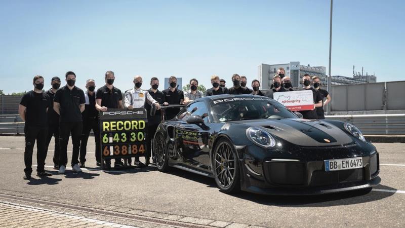 Porsche 911 GT2 RS Cetak Rekor Putaran Baru 6:43:300 Menit