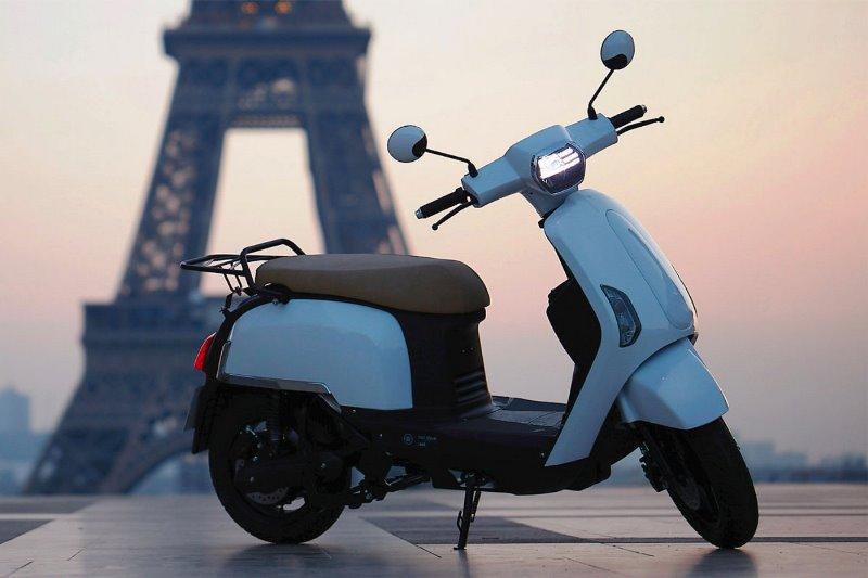 Prancis Rilis Skuter Kombinasi Listrik dan Hidrogen, Dipasarkan Awal 2023