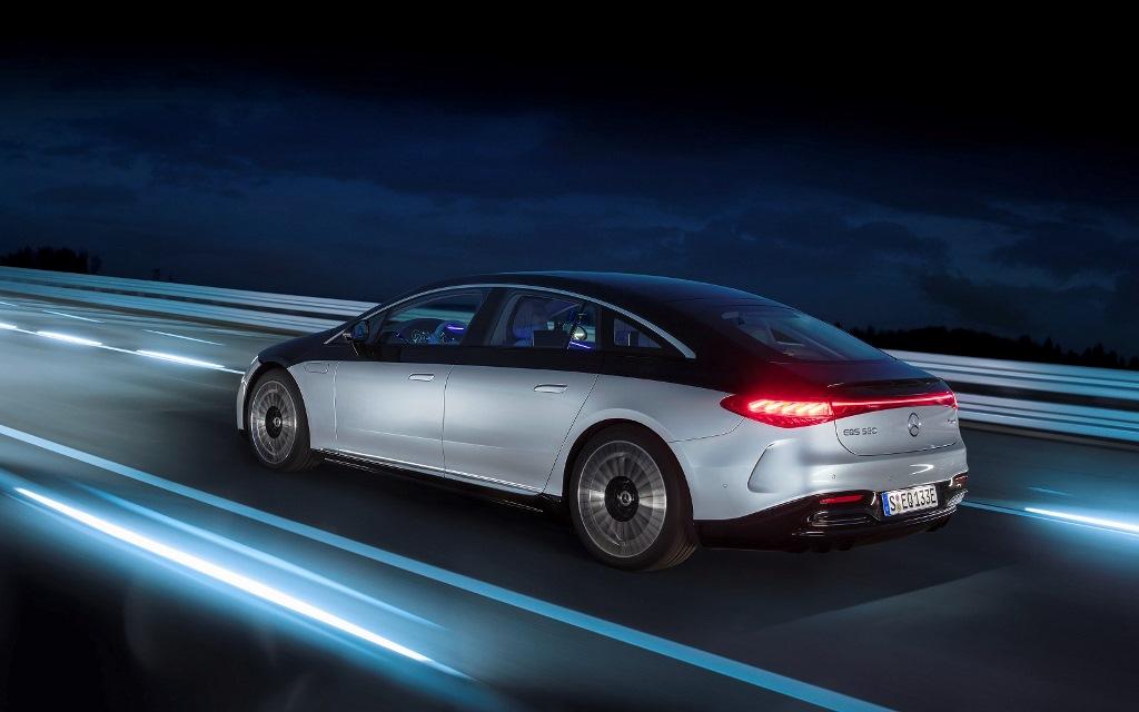 Mobil Listrik Mercedes-Benz, Vision EQXX 02, yang kabarnya akan dipasarkan mulai tahun 2022 (Foto: Mercedes-Benz)