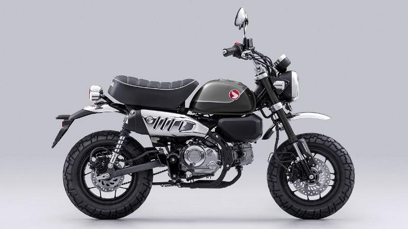 Honda Monkey warna Pearl Shining Black (Foto: AHM)