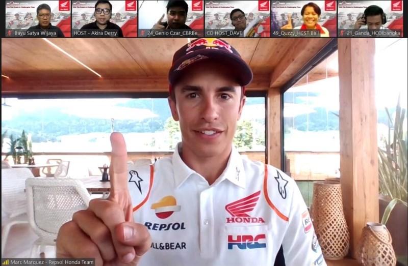 Ngobrol Online Seputar Komunitas (Ngoprek) yang digagas AHM berlangsung seru dengan kehadiran Marc Marquez dan Pol Espargaro (Foto: AHM)