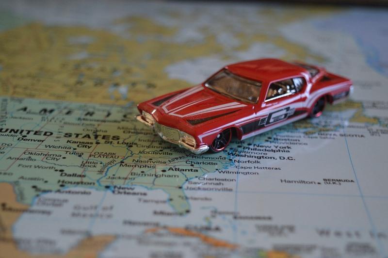 <i>Road Trip</i> dengan Mobil, Berikut 5 Perlengkapan yang Wajib Dibawa
