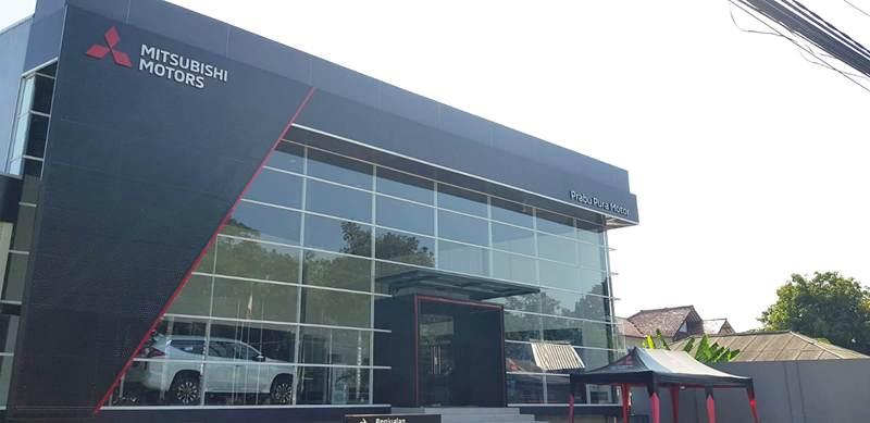 Dealer pertama kendaraan penumpang Mitsubishi di Subang (Foto: MMKSI)