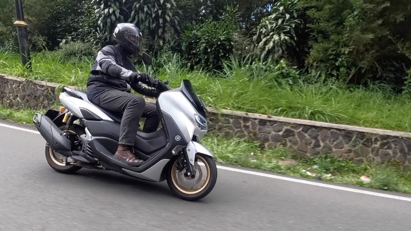 Bikers Perlu Paham, Begini Cara Menjaga Traksi Roda Kala Berkendara