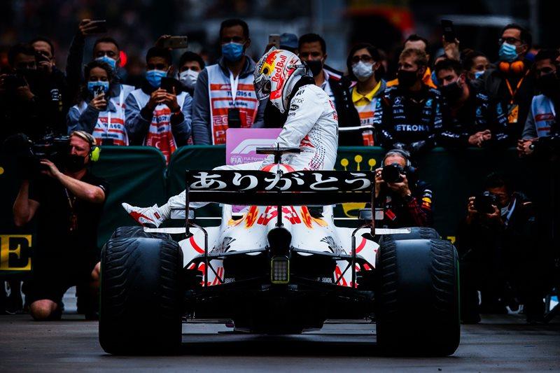 Pembalap Red Bull Honda Max Verstappen meraih podium di F1 GP Turki 2021 (Foto: IG Honda Racing)