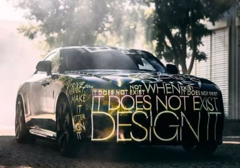Mobil listrik Rolls-Royce Spectre yang baru akan dipasarkan pada 2023 (Foto: Rolls-Royce)