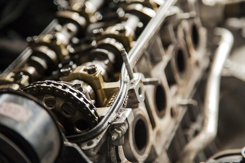 Mau Tahu Cara Kerja Katup di Mesin Motor? Ini Penjelasannya!